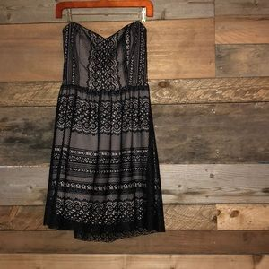 Mystic Sweetheart Lace Dress large NWT